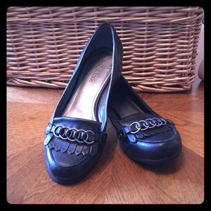 KELLY AND KATIE BLACK LEATHER LOAFERS